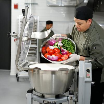 Hobart HCM450-62-4 45 Qt. Vertical Cutter / Mixer with Kn...