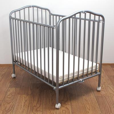 "L.A. Baby CS-81 24"" x 38"" Pewter Colored Metal Folding Cr..."